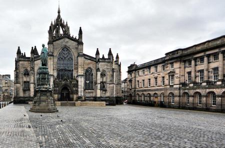 Old Edinburgh 2-Hour Guided Tour