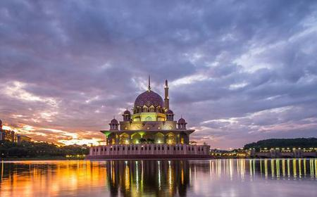 KL Airport Transfer with Batu Caves and Petronas Towers