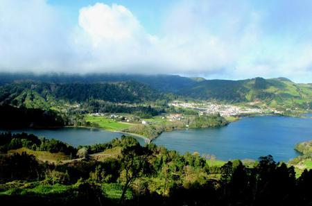 Half-Day 4WD Tour to Lagoa das Sete Cidades