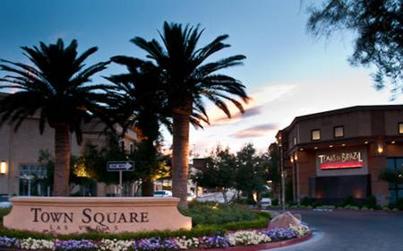 Las Vegas 1-Day Town Square Shop & Dine Gourmet Package
