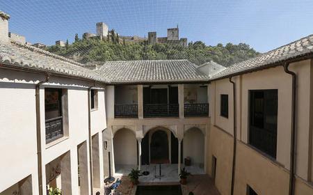 Granada: Full-Day Private Guided Tour