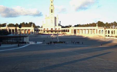 Fátima, Batalha, Nazaré & Óbidos: Private Full-Day Tour