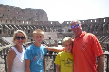 Skip-the-lines Colosseum and Roman Forum Tour for Kids and Families
