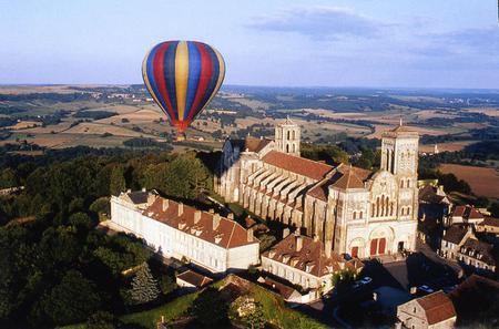 Burgundy Hot-Air Balloon Ride from Vézelay