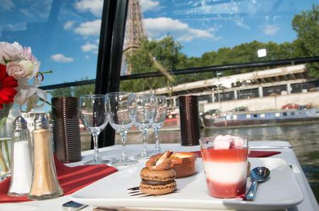 La Marina de Paris Seine River Cruise Including 3-Course Lunch or Dinner
