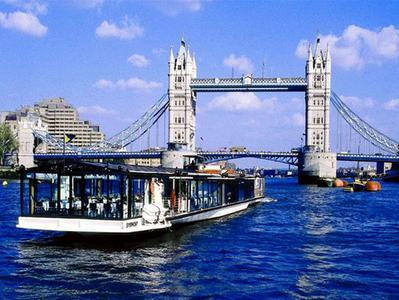 Bateaux London Lunch Cruise