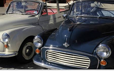 London: 30-Minute Classic Car Sightseeing Tour