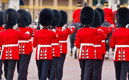 Buckingham Palace, Changing of the Guard & English Tea