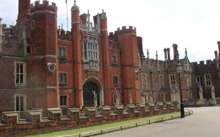London: Hampton Court Palace Private Guided Tour