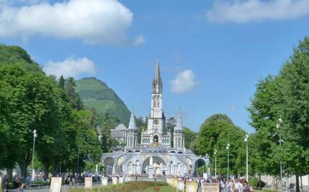 Lourdes: Full-Day Guided Walking Tour