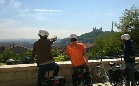 Lyon: 4-Hour Electric Bike Tour with Tasting Break