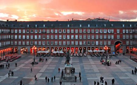 Madrid: 2-Hour Walking Tour with Royal Palace Option
