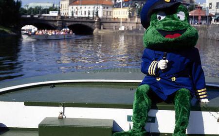 Hop-On Hop-Off 24-Hour Paddan Boat in Gothenburg