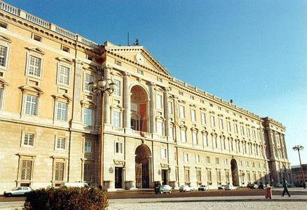 Caserta Full-Day Private Tour from Sorrento