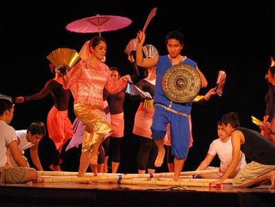 Manila Dinner and Show Experience - A Night of Filipino Food and Culture