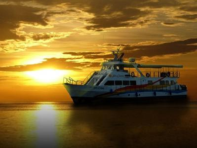 Manila Bay Dinner Cruise with Hotel Pick-Up