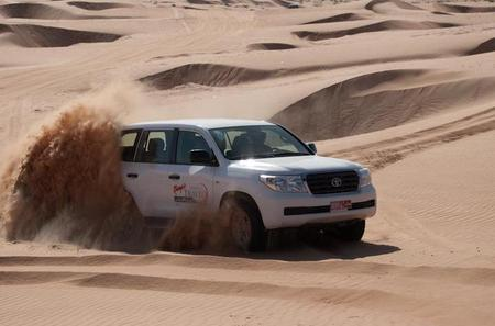 Wahiba Sands Desert Safari with Dune Bashing and Lunch from Muscat