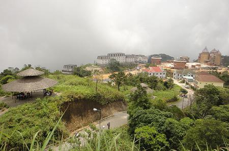 Explore Ba Na Hills from Da Nang City (Full-Day Tour)