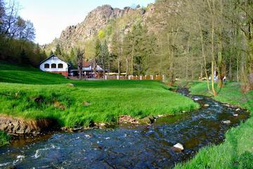 Half-Day Small-Group Hiking Tour In The Fringes Of Prague