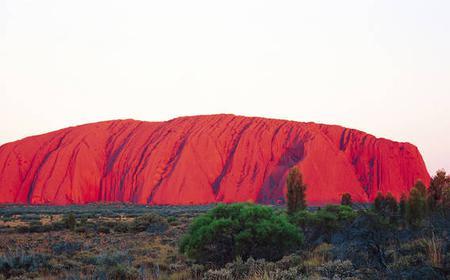 Uluru (Ayers Rock): Day Trip and Sunset Buffet
