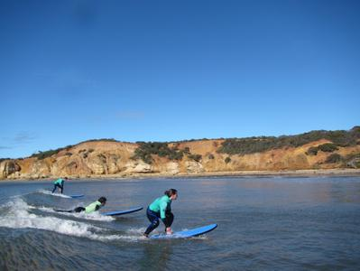 Great Ocean Road 1-Day Surfing Experience from Melbourne