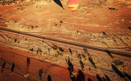 30-Minute Dawn Hot Air Balloon Flight from Alice Springs