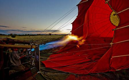 60-Minute Dawn Hot Air Balloon Flight from Alice Springs