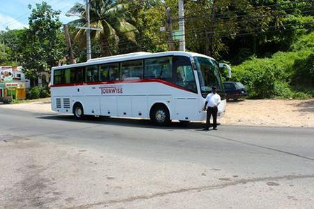 Montego Bay Airport Coach Transfers to Jamaican Hotels