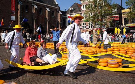 Alkmaar 2-Hour Tour and Cheese Market Visit