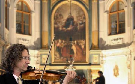 Munich: Residenz Tour and Serenade with Dinner Option