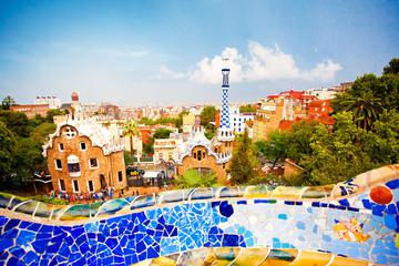 Viator Exclusive: Early Access to Park Güell and Gaudi 4D Experience