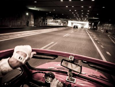 Small Group - Milan Aperitif Scene Tour with Fiat 500 and Driver Guide