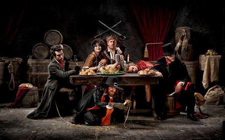 Saver Combo: London Hop-On, Hop-Off Bus & The London Dungeon