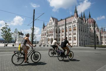 Private Tour: Budapest City Bike Tour