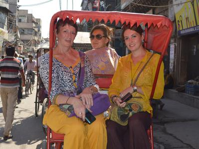 Old Delhi Bazaar Walk and Haveli Visit with Rickshaw Ride - Full Day