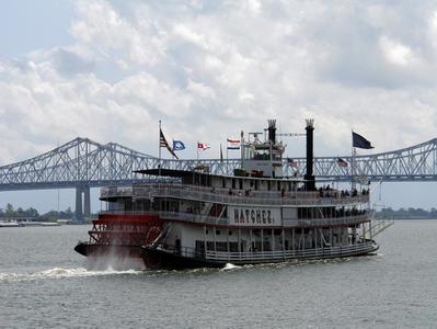 New Orleans Steamboat Natchez Jazz Harbor Day Cruise
