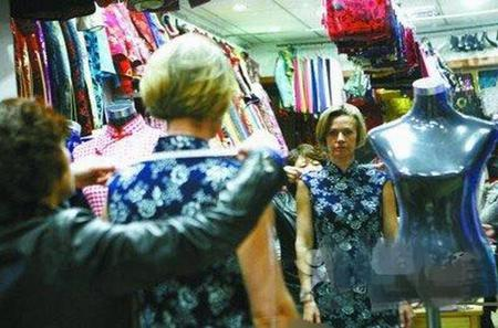 Private Local Shopping Experience in various Shanghai Markets