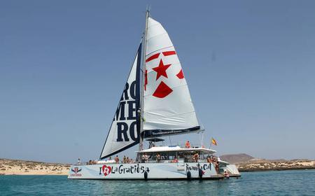 From Teguise: La Graciosa Catamaran Cruise w/ Lunch