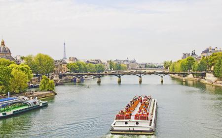 Paris City Sightseeing and Seine Cruise