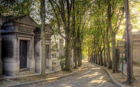 The Père Lachaise Cemetery: Guided 2-Hour Tour