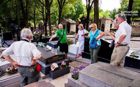 Famous Graves of Paris: 2-Hour Tour of Père Lachaise