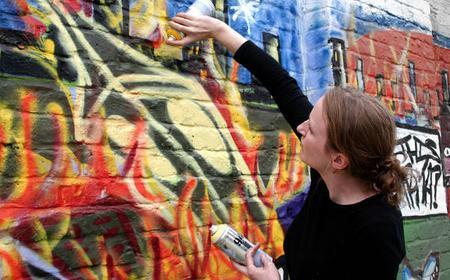 Paris: Graffiti Mural Workshop
