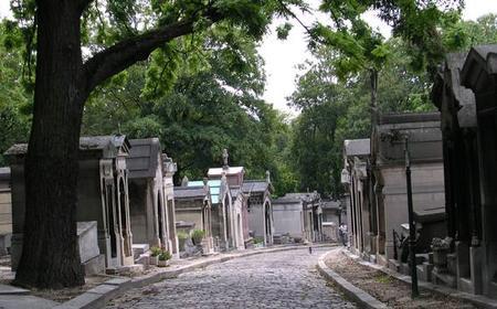 Paris: Père Lachaise Cemetery Private Tour