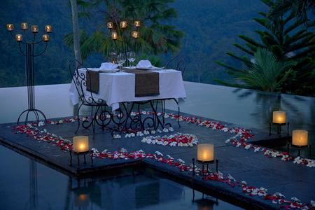 Twilight Romantic Dinner in Ubud
