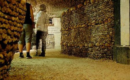 Skip the Line: Paris Catacombs Small Group Tour