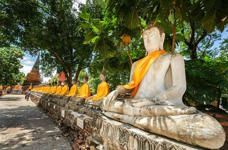 Full-Day Ayutthaya Tour with Grand Pearl Cruise Including Lunch