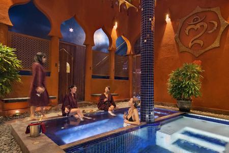 Ayurvedic Shirodhara Spa Treatment