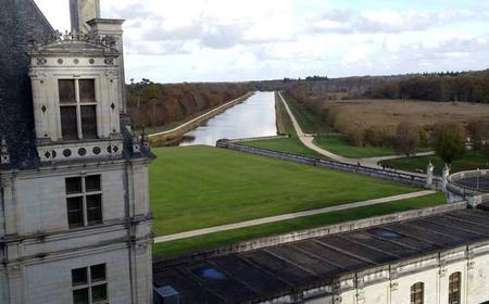 Loire Valley Bike Tour with Train Transfers from Paris