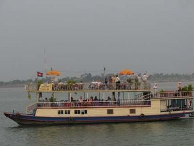 Phnom Penh: 2-Hour Mekong River Sunset Cruise