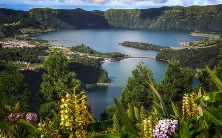 Azores: Sete Cidades Village and Lakes Half-Day Tour